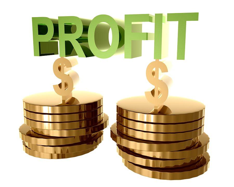 https://microtricks.files.wordpress.com/2010/06/bigstockphoto_online_trading_and_investment__7584286.jpg